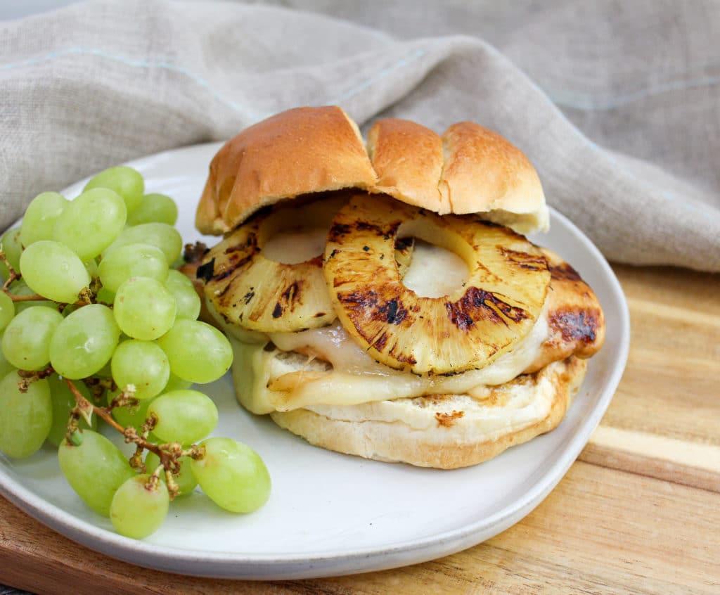 chicken sandwich on a plate