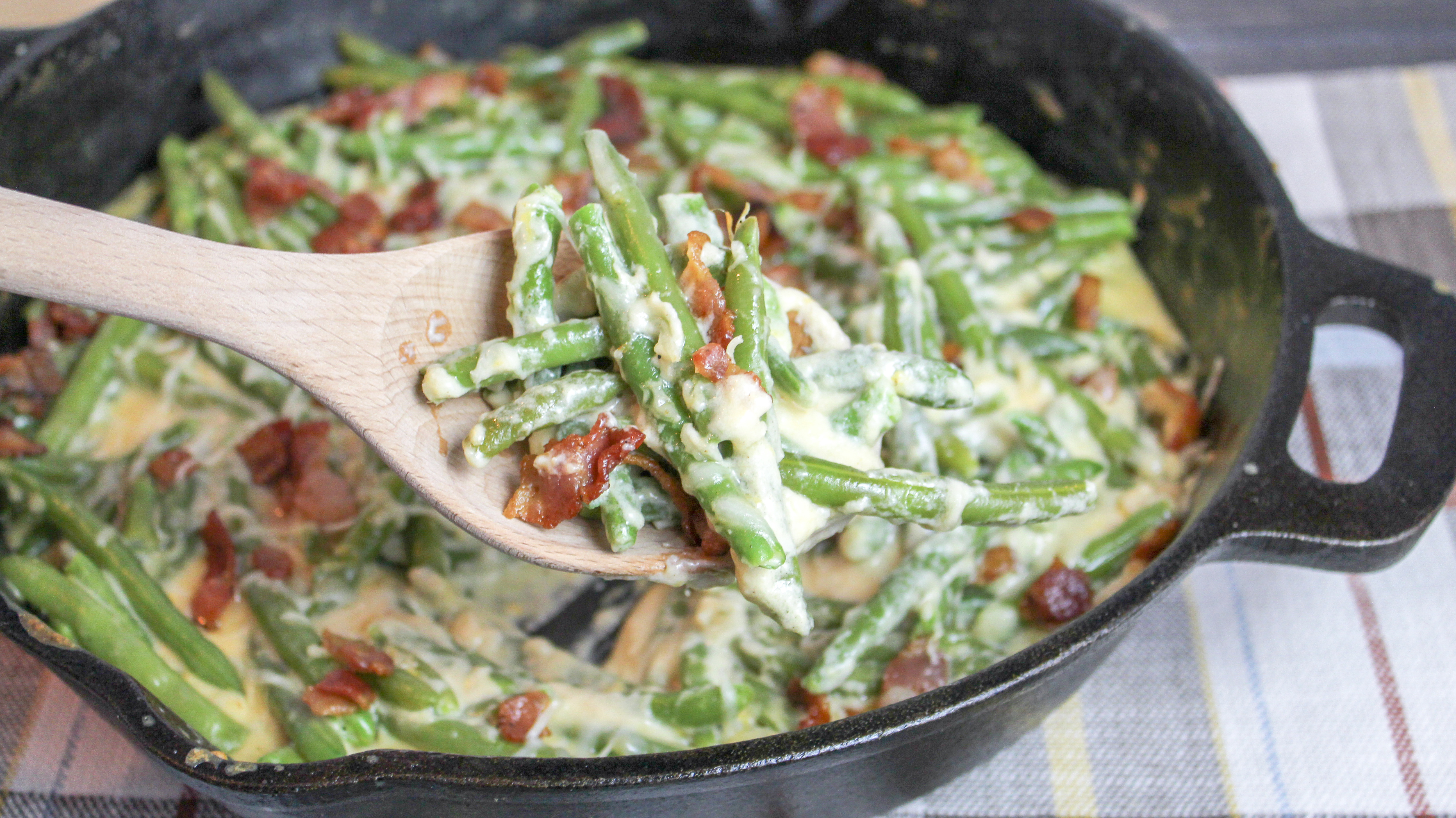 Green Beans Baked with Cheese and Bacon