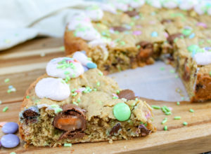 cookie cake on a tray and cut into wedges