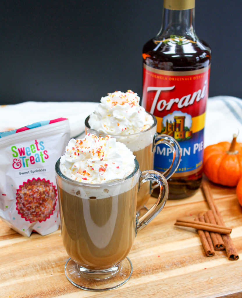pumpkin latte in mugs