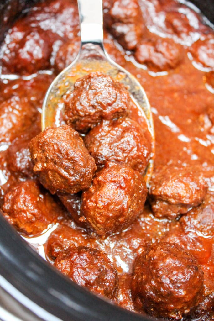 meatballs in the slowcooker